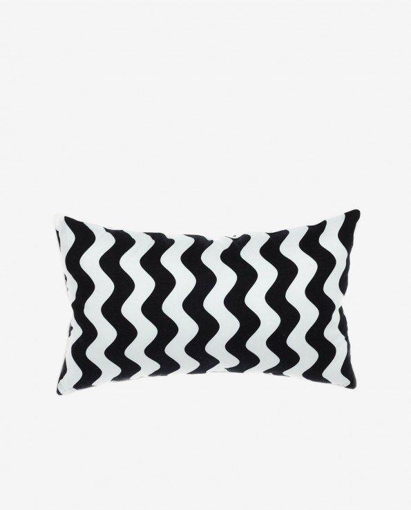 Прямоугольная декоративная подушка