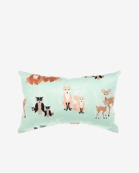 Декоративная подушка для детской комнаты