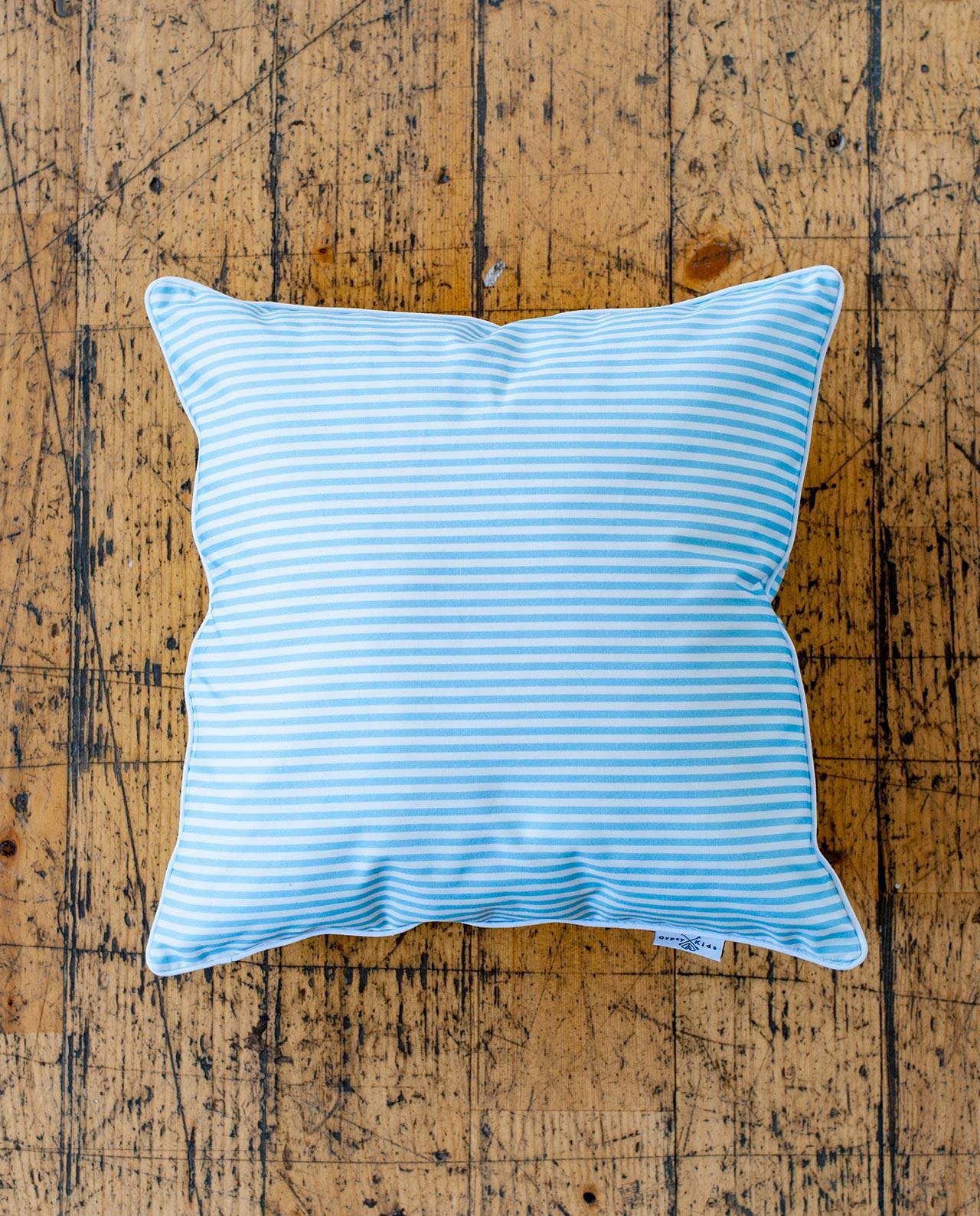 Декоративная подушка для декора и стилизации комнаты «Морская»