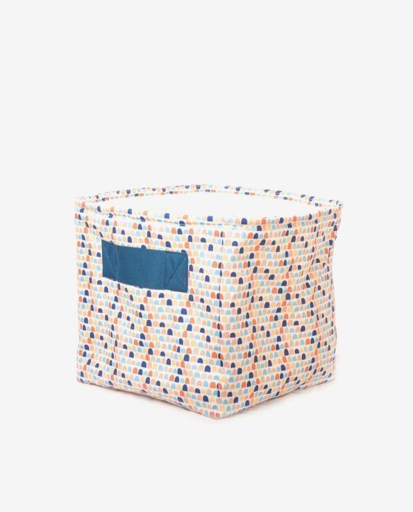 Декоративная корзина для комнаты