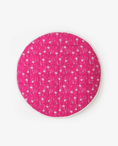 Круглый розовый матик
