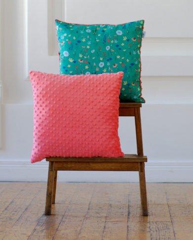 Декоративные квадратные подушки «Фламинго» и «Сад»