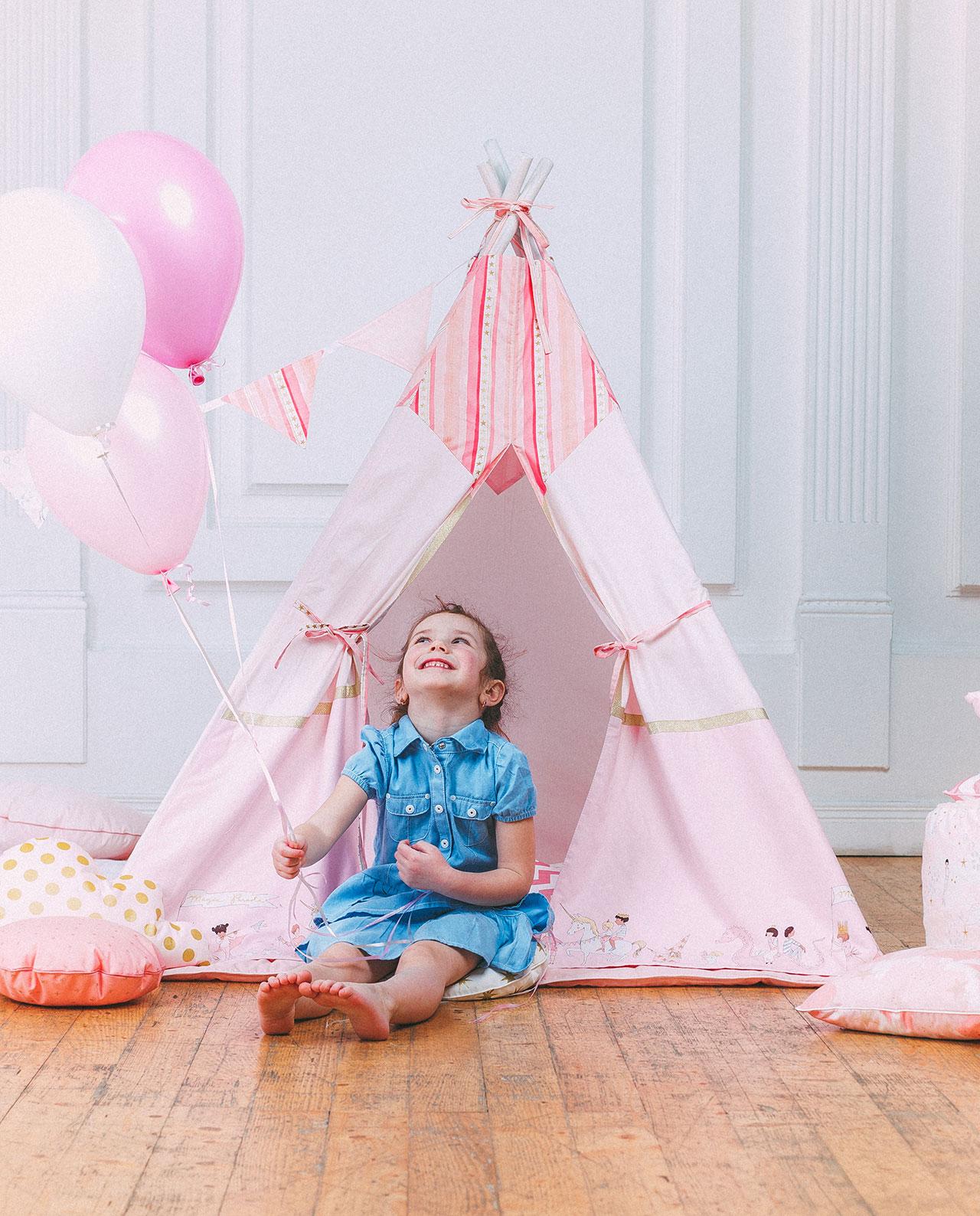 Детский вигвам «Магический парад: Pink»