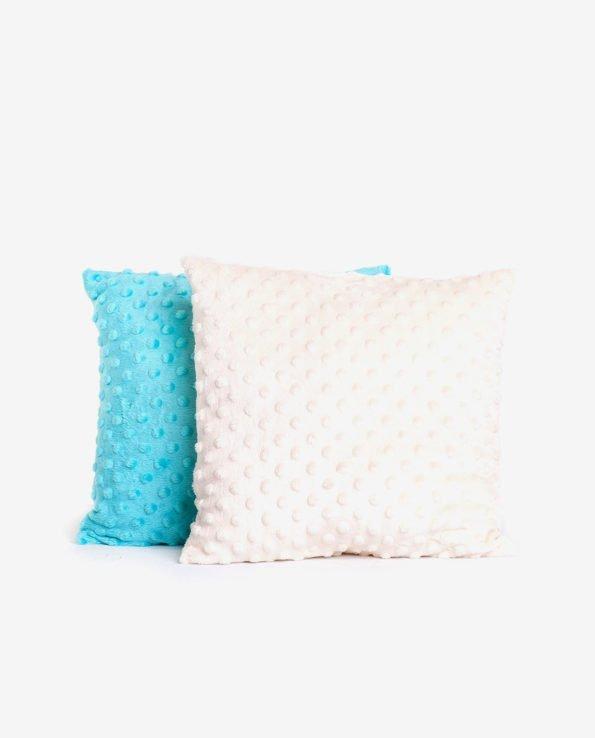 Квадратная подушка из плюша