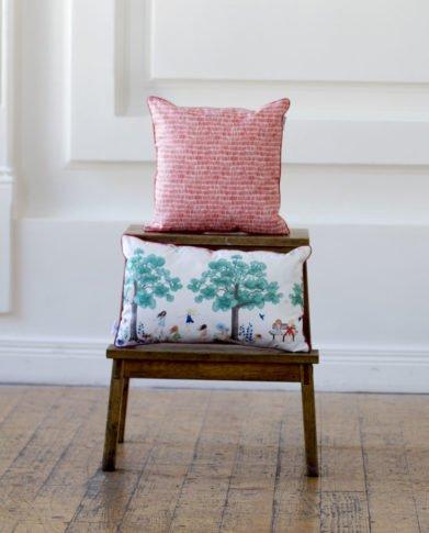 Декоративные подушки из коллекции «На качелях»