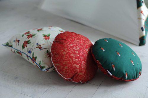 Детские подушки «Щелкунчик», «Рождество» и «Солдатики»