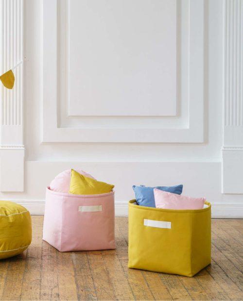 Однотонные корзинки - розовая и желтая