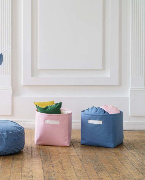 Однотонные корзинки - розовая и голубая