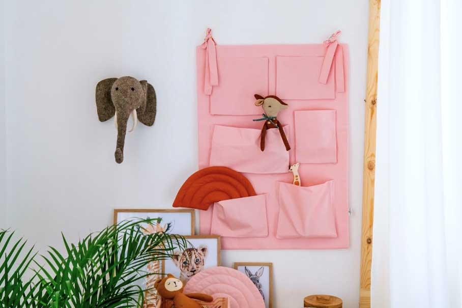 Места для хранения вещей и игрушек в детской комнате