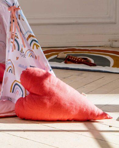 Льняная подушка «Сердечко»