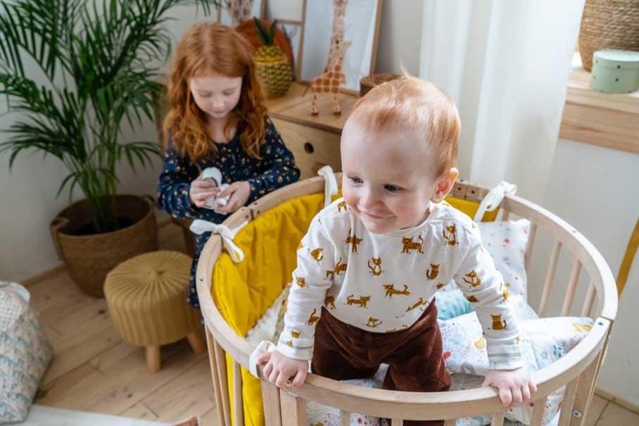 Интерьер комнаты для нескольких детей